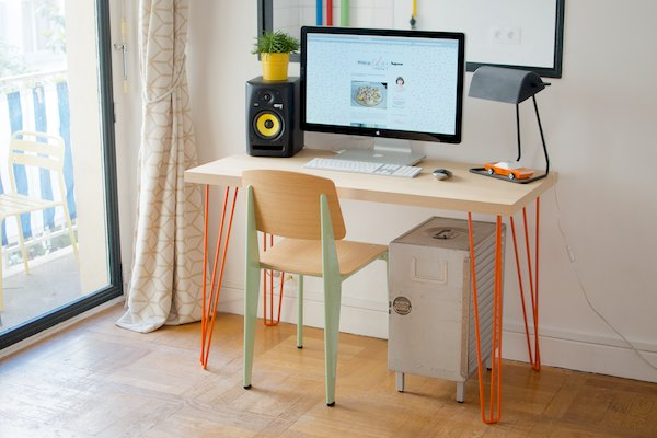 le bureau et ses jolis pieds piknik diy 35 bienvenue chez coline. Black Bedroom Furniture Sets. Home Design Ideas