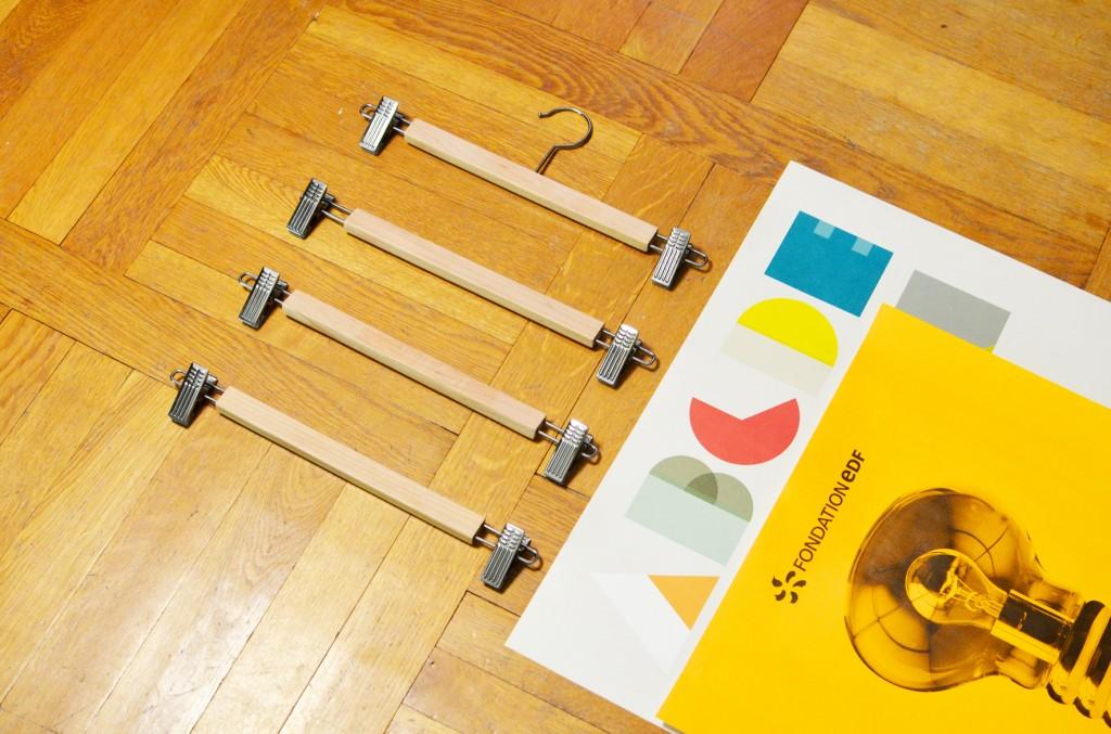 des cintres pour vos affiches (2)