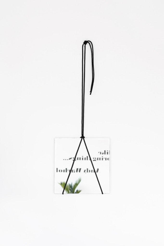 mirror_hanger_diy_1