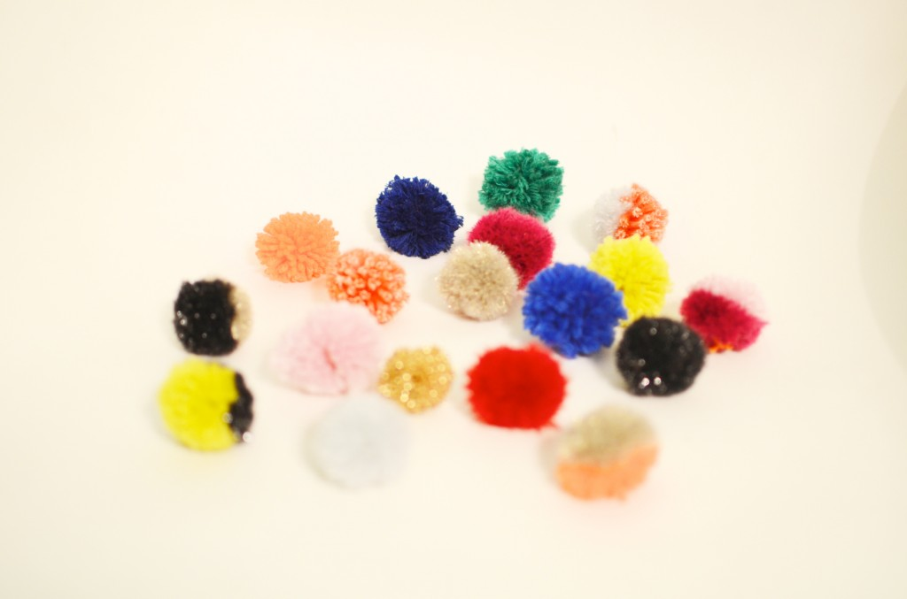 collier pompons concours (10)