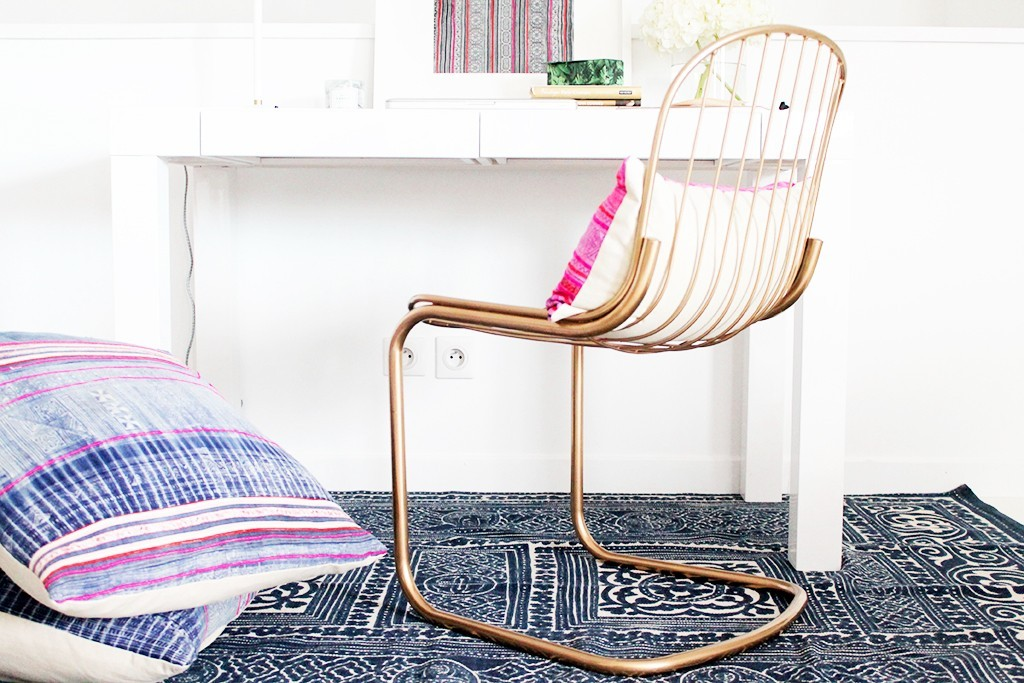 comment-peindre-des-chaises-metal-en-dore-13-1024x683