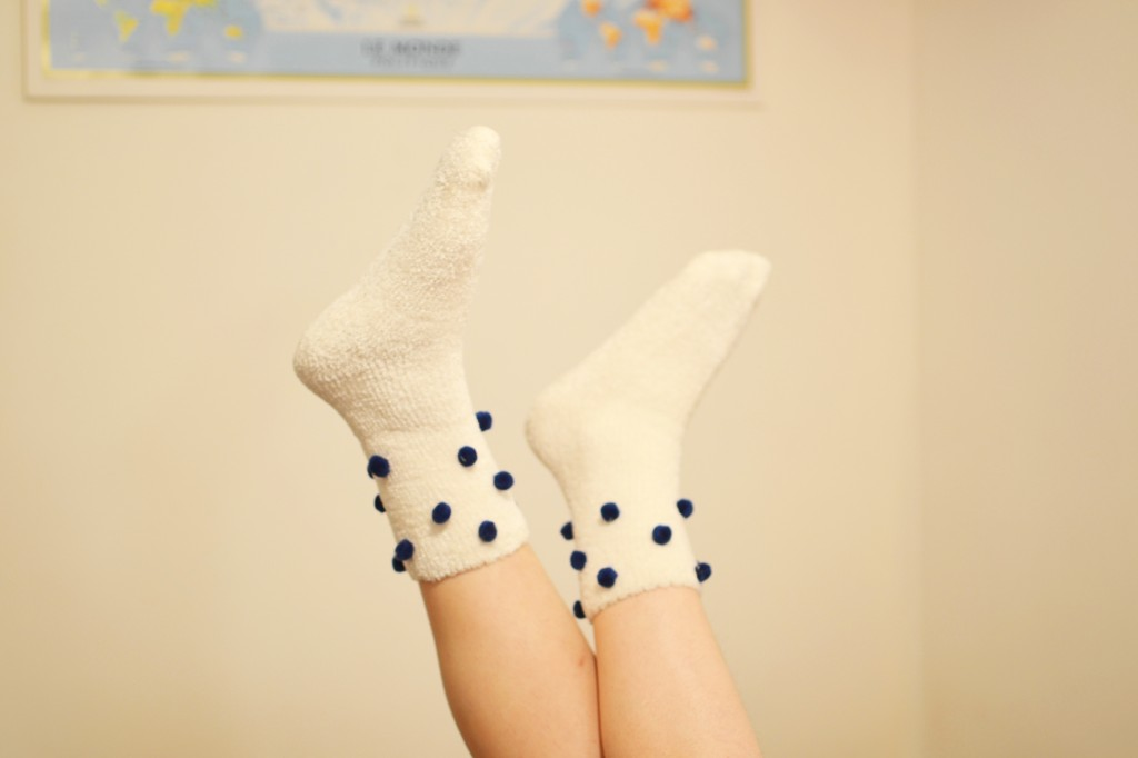 mes chaussettes blanches à petits pois (7)