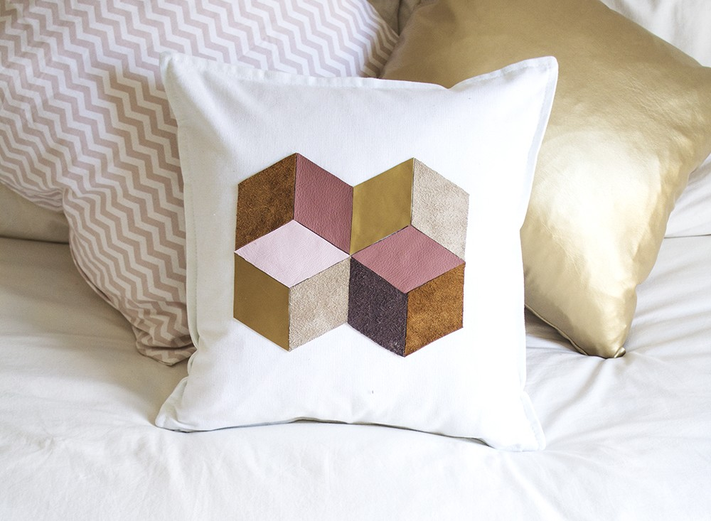 DIY-geometric-cushion-1