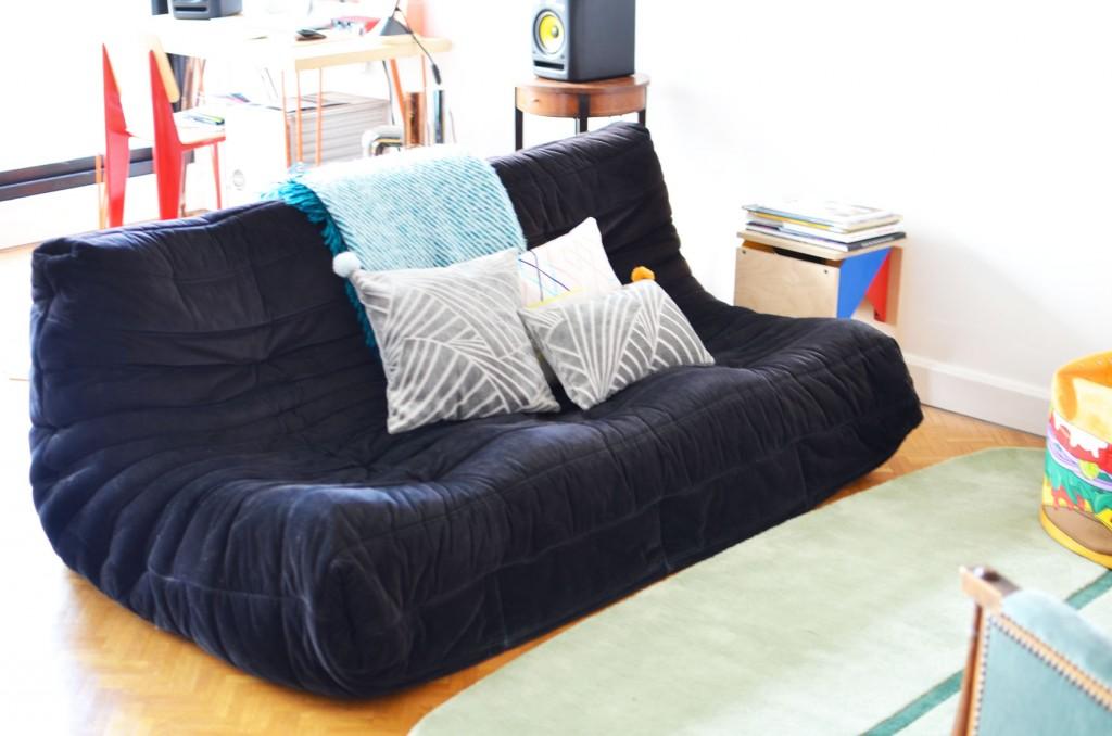 De nouveaux coussins sur mon canapé (13)