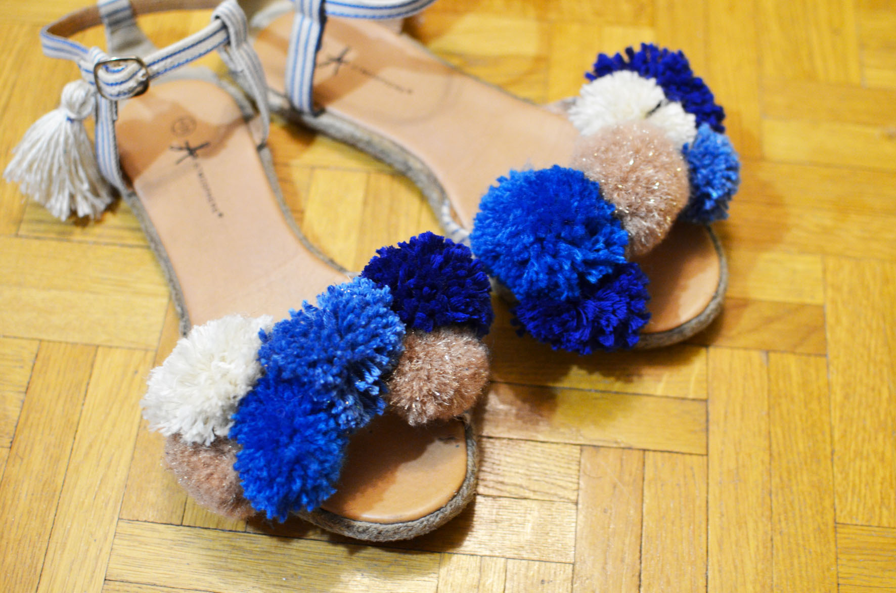 chaussures a pompons (15)