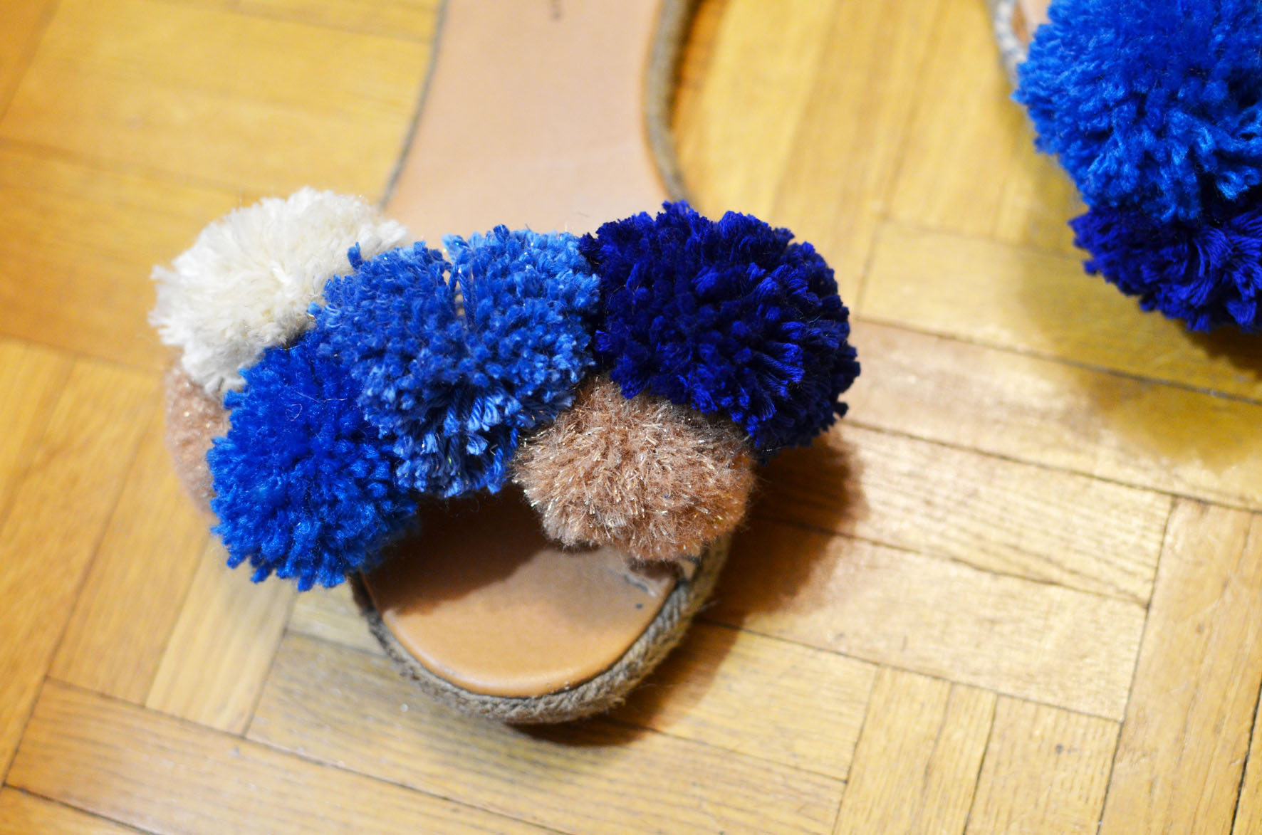 chaussures a pompons (16)