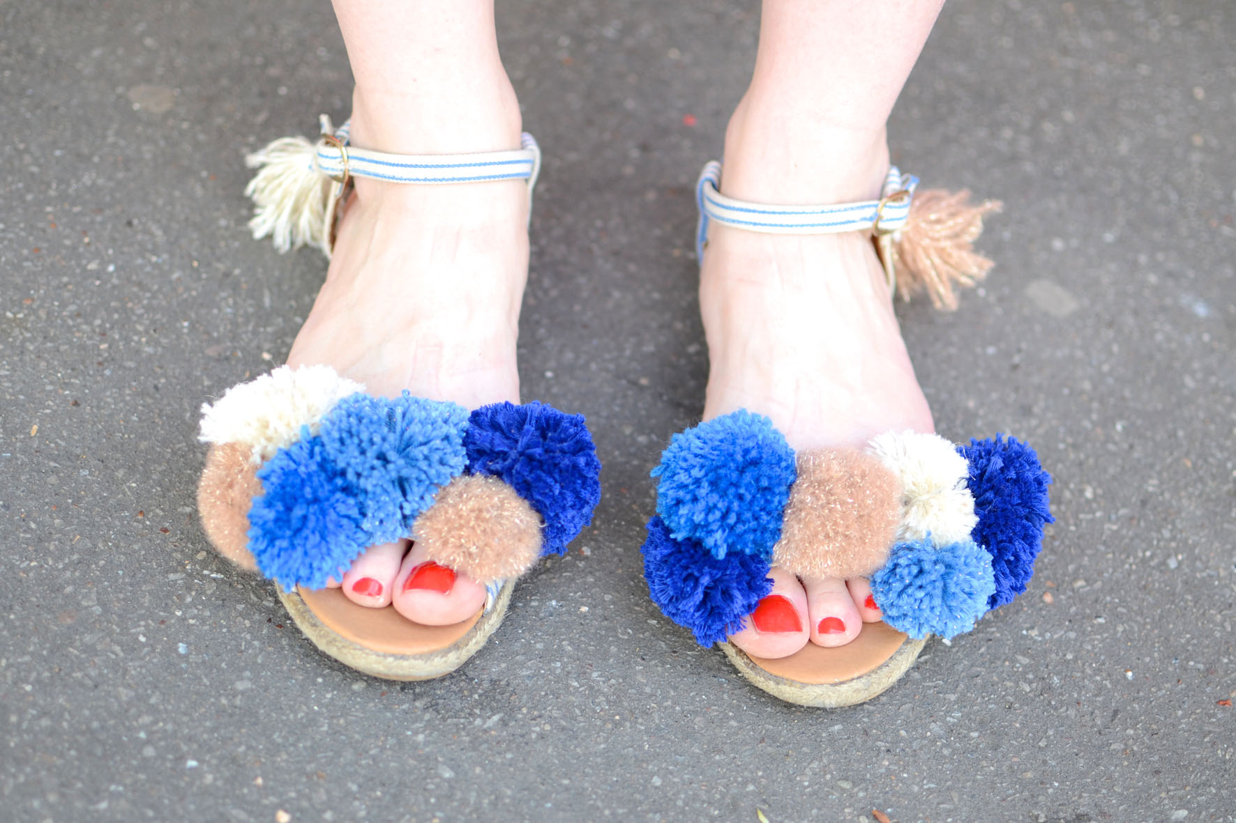 chaussures a pompons (5)