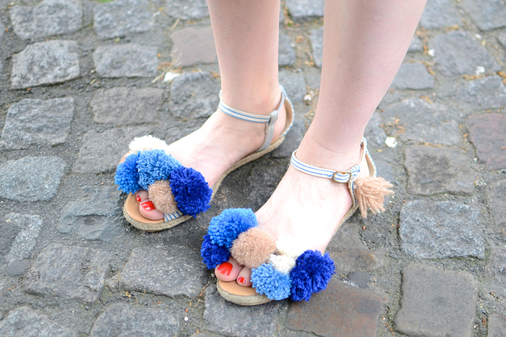 chaussures a pompons (9)
